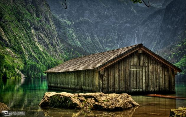 05 Fishing hut on a lake in Germany2