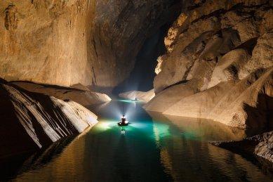 Hang-Son-Doong-Cave-Lake-RG Local