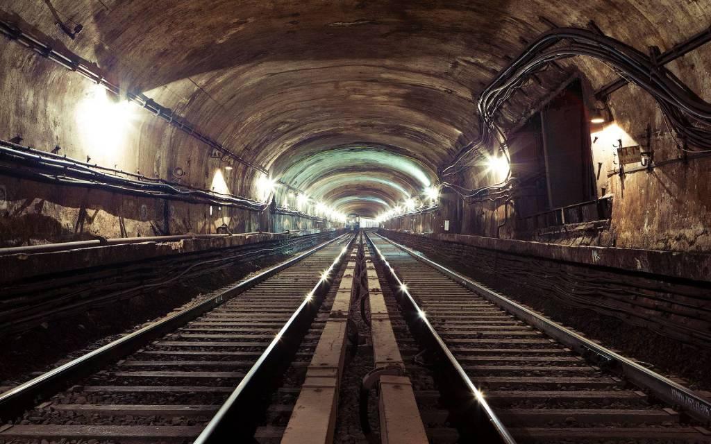 02 secret subway
